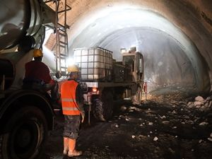 Ulaşımı bir saat kısaltacak tünelde çalışmalar sürüyor