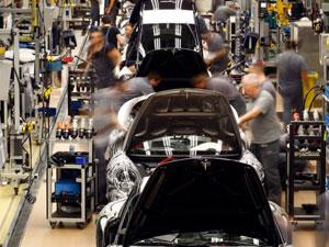 Euro bölgesi PMI'ı beklentileri aştı