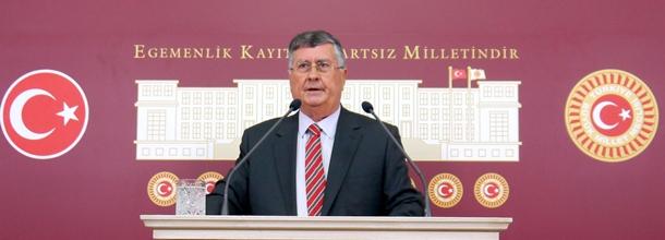'Ders kitaplarından Atatürk'ü siliyorlar' Danıştay'da