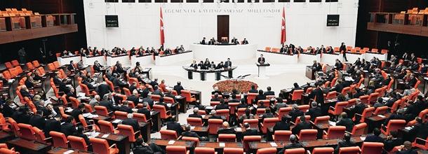 Demokratikleşme Paketi Meclis'e sunuldu
