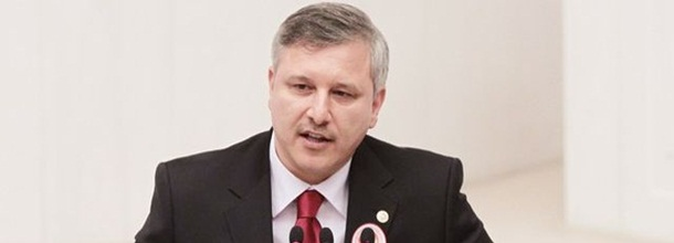 Çetin, AK Parti'den istifa etti