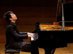 Piyanist Lang Lang İstanbul'da ağırladı