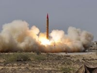 Kuzey Kore uzun menzilli füze fırlattı