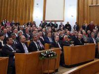 CHP'nin grup toplantısı basına kapalı yapıldı