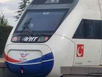 Hızlı tren elektrik kesintisine takıldı