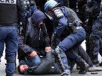 Bin 961 protestocu gözaltına alındı
