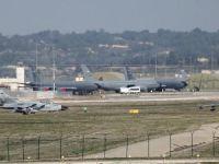 Darbe karşıtı uçakların İncirlik'ten kalkması engellenmiş