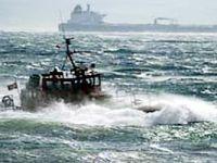 Kuzey Ege'de deniz ulaşımı poyraza takıldı