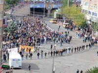 Diyarbakır'daki Kobani yürüyüşü olaysız bitti