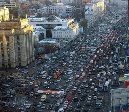 Moskova da hayat durdu 3 bin 500 km trafik
