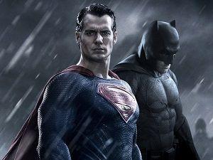 Batman, Süperman'e direnebilir mi!