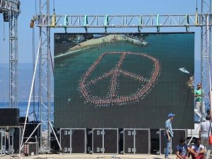 Barış sembolü rekor getirdi