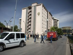 Gaziantep Emniyet Müdürlüğü önündeki patlama anı