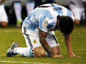 Messi milli formayı giymeyecek!