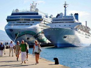 Turizmcilerin çifte bayram mutluluğu